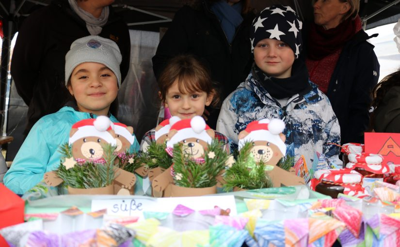Stadtteil – Adventsmarkt am 2. Dezember beim AWO-Parkhaus